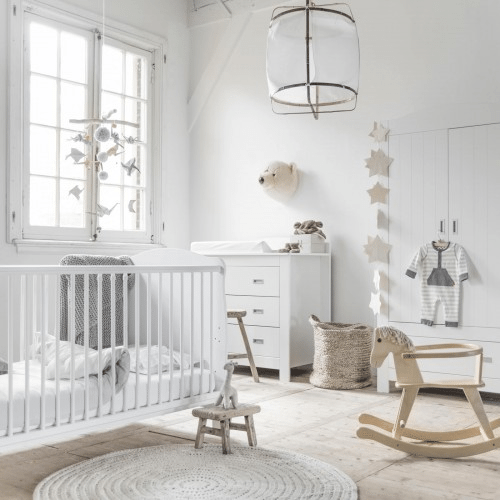 Maak de mooiste babykamer voor je kleintje online shoppen nederland - Babykamer beige en wit ...
