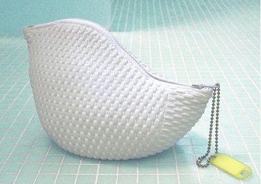 Bubbeltjesbadmuts wordt duurzame toilettas