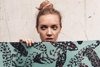Onmisbaar in de garderobe van elke vrouw: een sjaal van SjaalMania