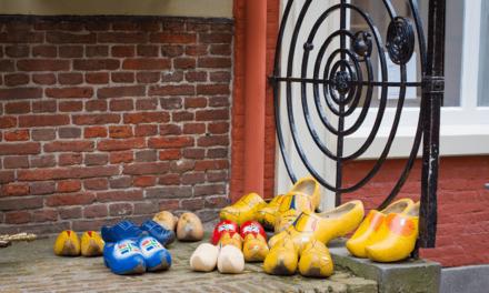 Cardcetera viert vierjarig bestaan met volledig Nederlandstalige webwinkel