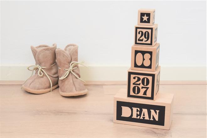 Hip & Hout presenteert originele collectie houten kraamcadeaus