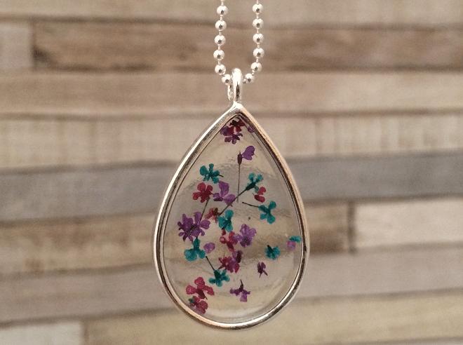 ketting-uit-de-blom-collectie-druppel-petrol-roze-paars