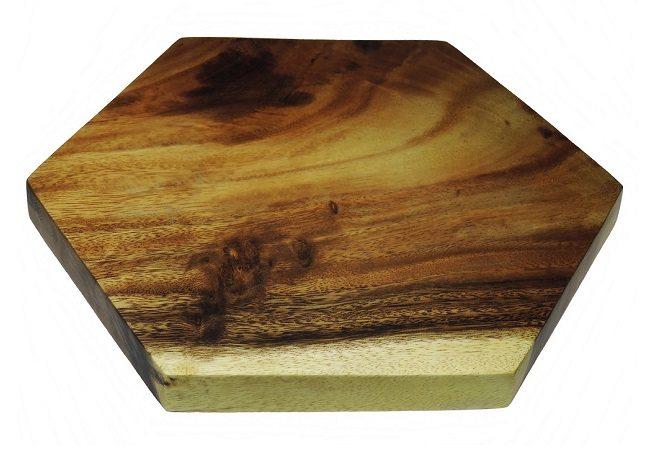 Winnen: Zeshoekige snijplank van Acacia hout