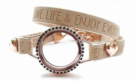 De bijzondere medaillon armbanden van Monja's sieraden