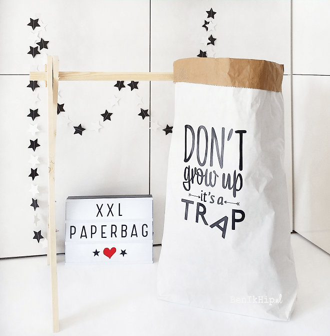 Paperbag XXL Don't grow up
