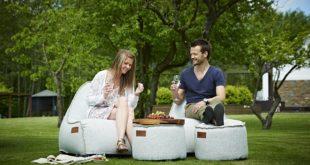 Trendy zitzakken voor buiten zorgen voor een relaxte zomer