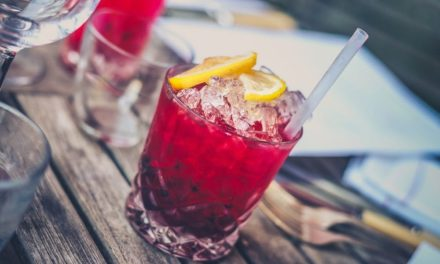 Dit zijn de lekkerste zomer cocktails van 2017