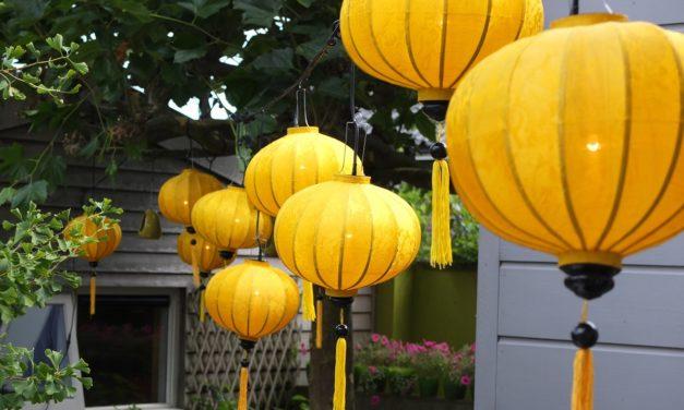 Haal een mystieke sfeer in huis met handgemaakte lampionnen uit Azië